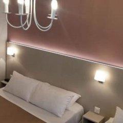 Modern Hotel комната для гостей