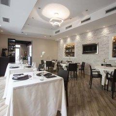 Отель BHL Boutique Rooms Legnano Италия, Леньяно - отзывы, цены и фото номеров - забронировать отель BHL Boutique Rooms Legnano онлайн питание