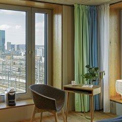 Отель 25hours Hotel Langstrasse Швейцария, Цюрих - отзывы, цены и фото номеров - забронировать отель 25hours Hotel Langstrasse онлайн удобства в номере фото 2