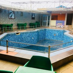 Duoban Hotel & Suite бассейн