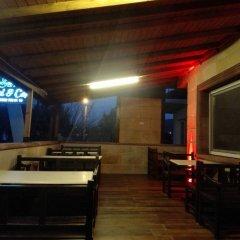 Serra Otel Турция, Урла - отзывы, цены и фото номеров - забронировать отель Serra Otel онлайн гостиничный бар