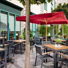 Отель Holiday Inn Düsseldorf - Hafen гостиничный бар