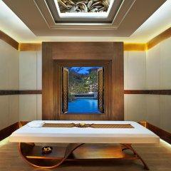 Отель The Laguna, a Luxury Collection Resort & Spa, Nusa Dua, Bali удобства в номере