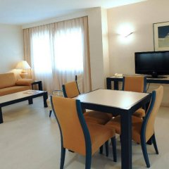 Отель Sercotel Suite Palacio del Mar Испания, Сантандер - отзывы, цены и фото номеров - забронировать отель Sercotel Suite Palacio del Mar онлайн комната для гостей фото 4