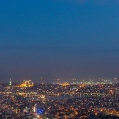 Hilton Istanbul Bomonti Hotel & Conference Center Турция, Стамбул - 7 отзывов об отеле, цены и фото номеров - забронировать отель Hilton Istanbul Bomonti Hotel & Conference Center онлайн балкон