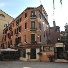 Hotel La Fenice Et Des Artistes фото 4