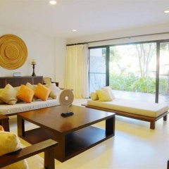 Отель Santi Pura Residences комната для гостей