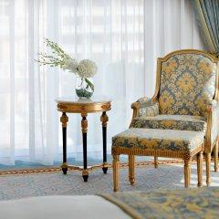 Отель Emerald Palace Kempinski Dubai ОАЭ, Дубай - 2 отзыва об отеле, цены и фото номеров - забронировать отель Emerald Palace Kempinski Dubai онлайн удобства в номере фото 2