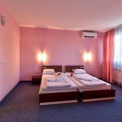 Отель Family Hotel Gabrovo Болгария, Боженци - отзывы, цены и фото номеров - забронировать отель Family Hotel Gabrovo онлайн комната для гостей фото 3