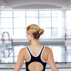 Отель SoHo Metropolitan Hotel Канада, Торонто - отзывы, цены и фото номеров - забронировать отель SoHo Metropolitan Hotel онлайн спортивное сооружение