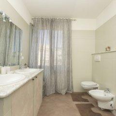 Отель Young Apartment Италия, Генуя - отзывы, цены и фото номеров - забронировать отель Young Apartment онлайн ванная