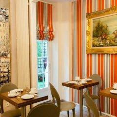Отель Hôtel Eden Montmartre питание