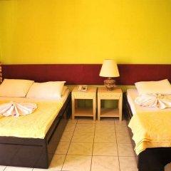 Sun Kiss Hotel комната для гостей