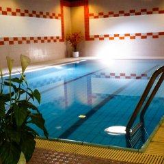 Отель Eremita-Einsiedler Меран бассейн