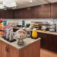 Отель Homewood Suites By Hilton Columbus-Hilliard Хиллиард питание