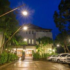 Отель Lanta Sand Resort & Spa парковка
