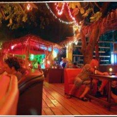 Отель Lanta Arrow House Ланта гостиничный бар