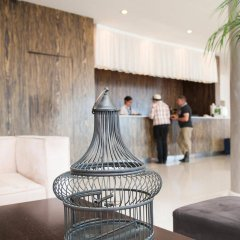 Отель Vrissiana Beach Hotel Кипр, Протарас - 1 отзыв об отеле, цены и фото номеров - забронировать отель Vrissiana Beach Hotel онлайн интерьер отеля фото 2