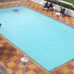 Отель Seacrest Resort бассейн