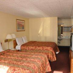 Отель Northwood Inn & Suites Блумингтон комната для гостей фото 3
