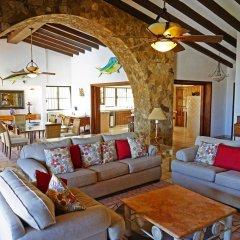 Отель Villa Gold Dome 6 Bedrooms 7 Bathrooms Villa Педрегал комната для гостей фото 2