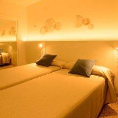 Отель Hostal Tarba комната для гостей