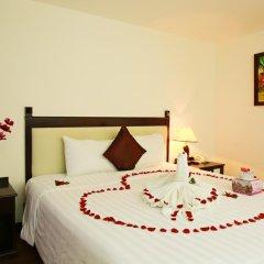 Hue Serene Shining Hotel & Spa сейф в номере