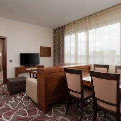 Гостиница Шератон Москва Шереметьево Аэропорт комната для гостей фото 12