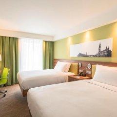 Отель Hampton by Hilton Hamburg City Centre комната для гостей фото 2