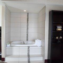 Отель Holiday Inn Express & Suites Geneva Finger Lakes спа