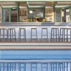 Отель Galaxy Villas гостиничный бар