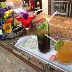 Отель Thana Patong Guesthouse питание