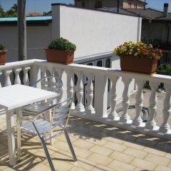 Отель Rosa Cottage Италия, Маргера - отзывы, цены и фото номеров - забронировать отель Rosa Cottage онлайн балкон