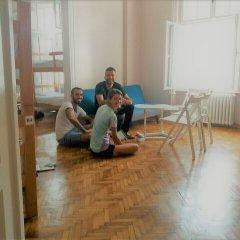 Roommates Hostel Белград фитнесс-зал