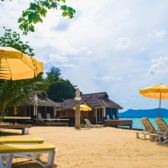 Отель Sunset Village Beach Resort пляж