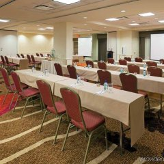 Отель Hilton Garden Inn Orlando at SeaWorld фото 2