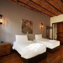 Отель Elephant Galata сейф в номере