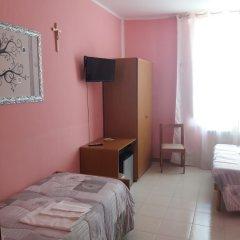 Отель Domus Pacis Loreto - Casa per ferie Италия, Лорето - отзывы, цены и фото номеров - забронировать отель Domus Pacis Loreto - Casa per ferie онлайн комната для гостей фото 5