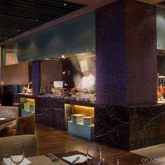 Отель Sofitel Shanghai Hyland Китай, Шанхай - отзывы, цены и фото номеров - забронировать отель Sofitel Shanghai Hyland онлайн питание фото 3