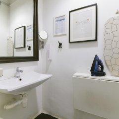 Отель Chic Capsules Сингапур ванная