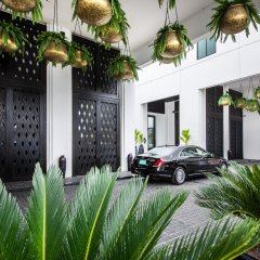 Mövenpick Hotel Sukhumvit 15 Bangkok парковка