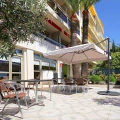 Отель Aparthotel Adagio Nice Promenade des Anglais бассейн