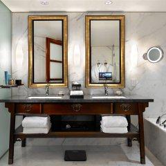 Отель Shangri-La Hotel Vancouver Канада, Ванкувер - отзывы, цены и фото номеров - забронировать отель Shangri-La Hotel Vancouver онлайн ванная фото 2