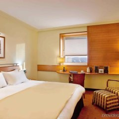 Отель Sofitel Athens Airport Греция, Спата - 3 отзыва об отеле, цены и фото номеров - забронировать отель Sofitel Athens Airport онлайн комната для гостей