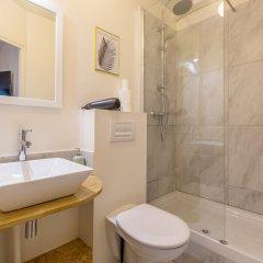 Отель WS Champs Elysees - Ponthieu Франция, Париж - отзывы, цены и фото номеров - забронировать отель WS Champs Elysees - Ponthieu онлайн ванная фото 2