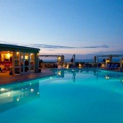 Отель Daphne Holiday Club Греция, Халкидики - 1 отзыв об отеле, цены и фото номеров - забронировать отель Daphne Holiday Club онлайн бассейн фото 2