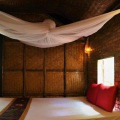 Отель Under the coconut tree комната для гостей фото 3