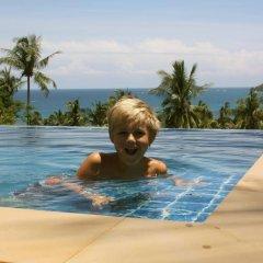 Отель Villa Moore бассейн