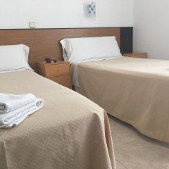 Отель Hostal Residencia Lido комната для гостей фото 2