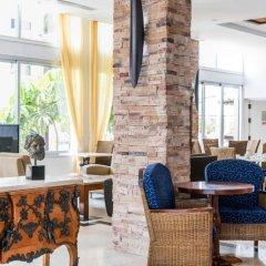 Отель Alva Hotel Apartments Кипр, Протарас - 3 отзыва об отеле, цены и фото номеров - забронировать отель Alva Hotel Apartments онлайн интерьер отеля фото 3
